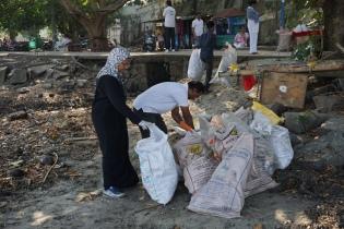 Sammelplatz für die Mülltüten